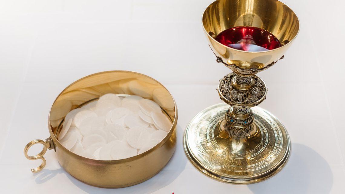 Retoma das celebrações comunitárias da Eucaristia