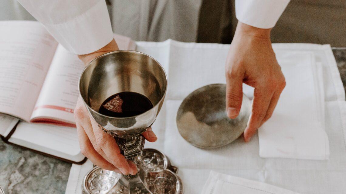 Horário da Eucaristia (14/15 e 21/22 de novembro)